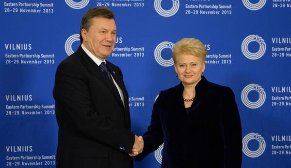 Janukovyčius_Grybauskaitė Vilnius 2013 11